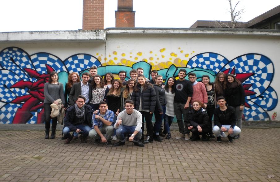 Liceo_Classico_Scientifico_I_Newton_Class_Chiavasso_Italy